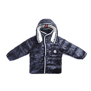 DG5785 Kids Moncler jakker Button PĂĄ den ene side Black [448c]